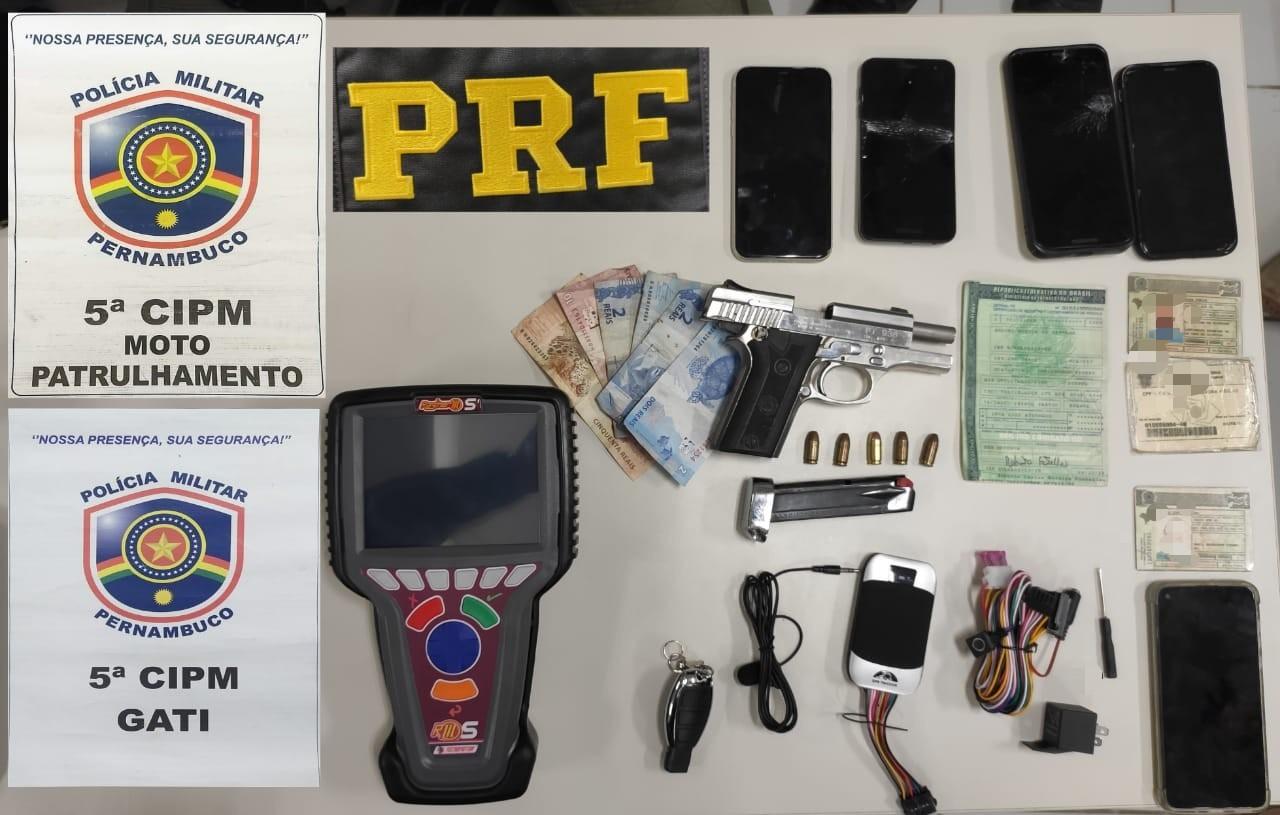 Grupo suspeito de assaltos a carga é detidos com arma e carro roubado, em Gravatá