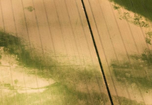 Retângulos perto de Milton Keynes, na Inglaterra (Foto: Historic England via BBC)