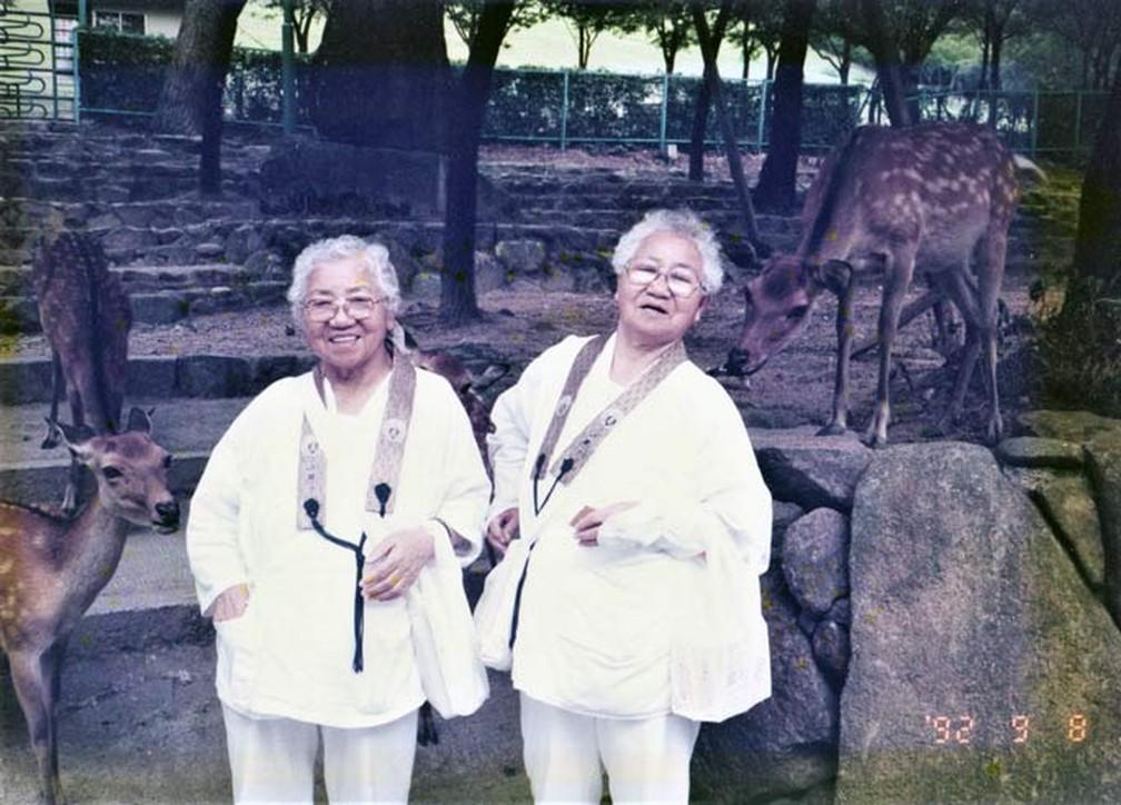 Koume (esquerda) e Umeno (direita) — Foto: Reprodução/Guinnes World Record