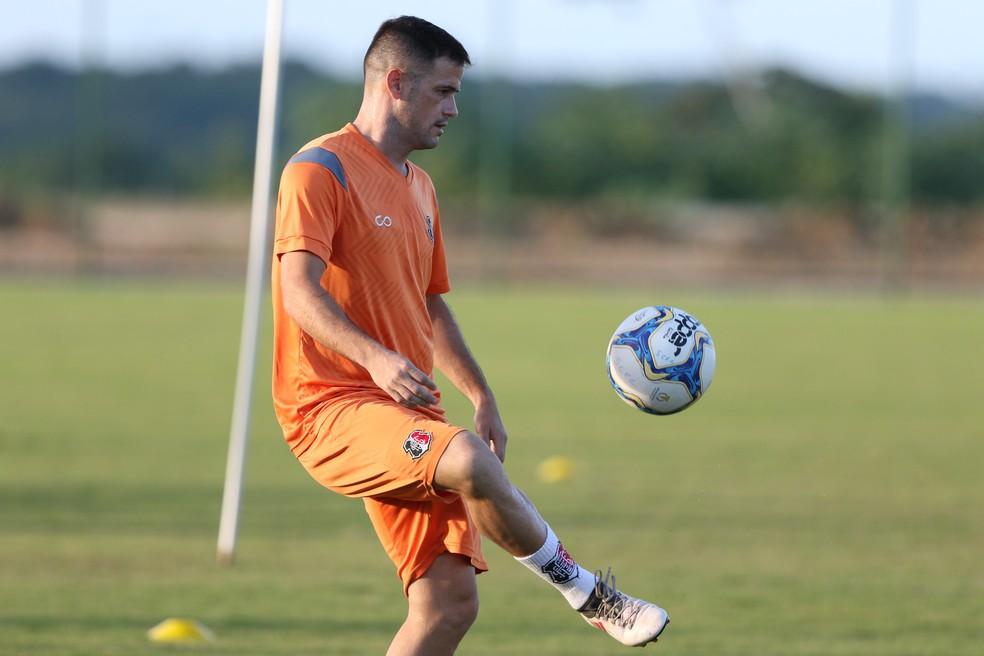 Pipico é um dos artilheiros da Série C, com sete gols — Foto: Marlon Costa/ Pernambuco Press