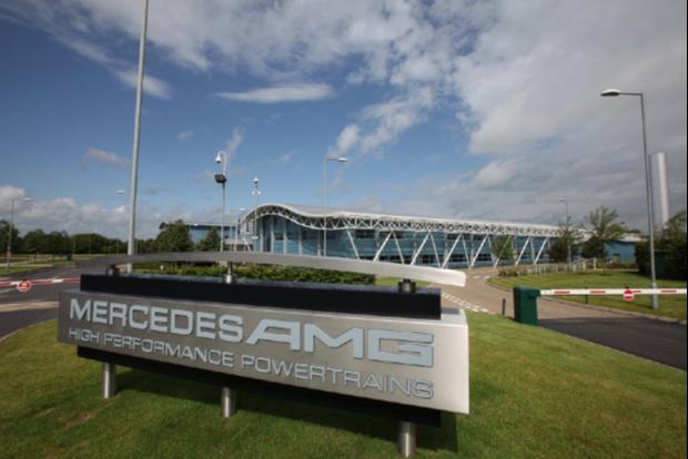 Fábrica da divisão de motores Mercedes-AMG (Foto: Divulgação)