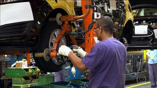Desemprego volta cair e fica em 12,4% no trimestre encerrado em setembro