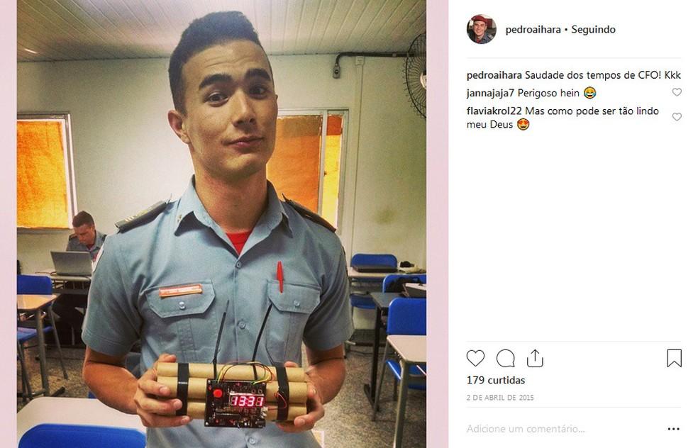 Tenente Aihara no curso de formação de bombeiros.  — Foto: Reprodução/Instagram