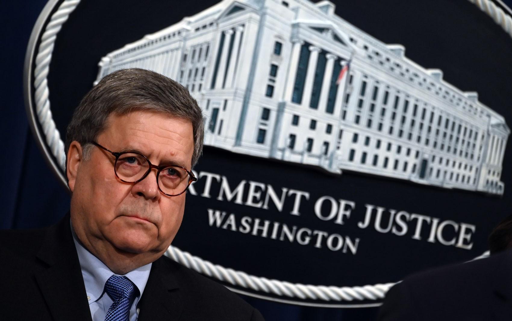 Procurador-geral dos EUA Bill Barr irá deixar o cargo, anuncia Donald Trump