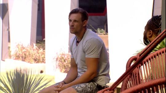 Diego fala sobre o tempo com Rodrigo e Danrley