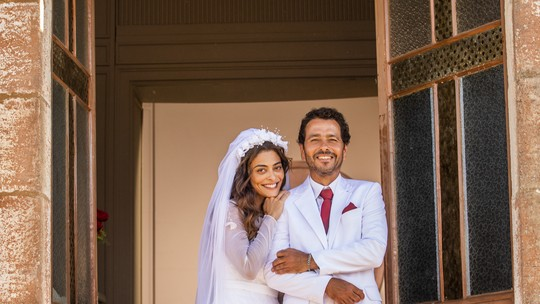 Relembre os casamentos de 'A Dona do Pedaço'