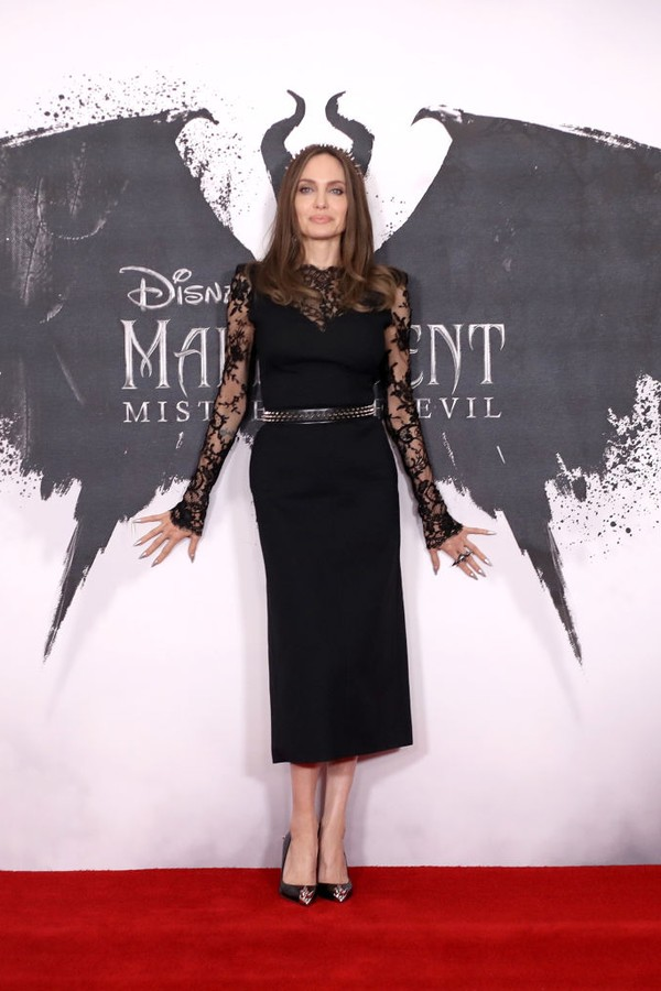 "LONDON, ENGLAND - OCTOBER 10: Angelina Jolie attends a photocall for ""Maleficent: Mistress of Evil"" at Mandarin Oriental Hotel on October 10, 2019 in London, England. (Photo by Mike Marsland/WireImage) (Foto: Mike Marsland/WireImage)"