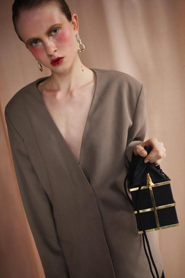 A bolsa Peggy, de Paola Vilas. (Foto: Divulgação)