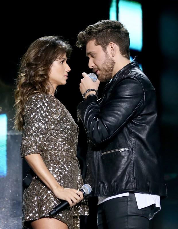 Gustavo Mioto e Paula Fernandes (Foto: Manuela Scarpa/Brazil News)