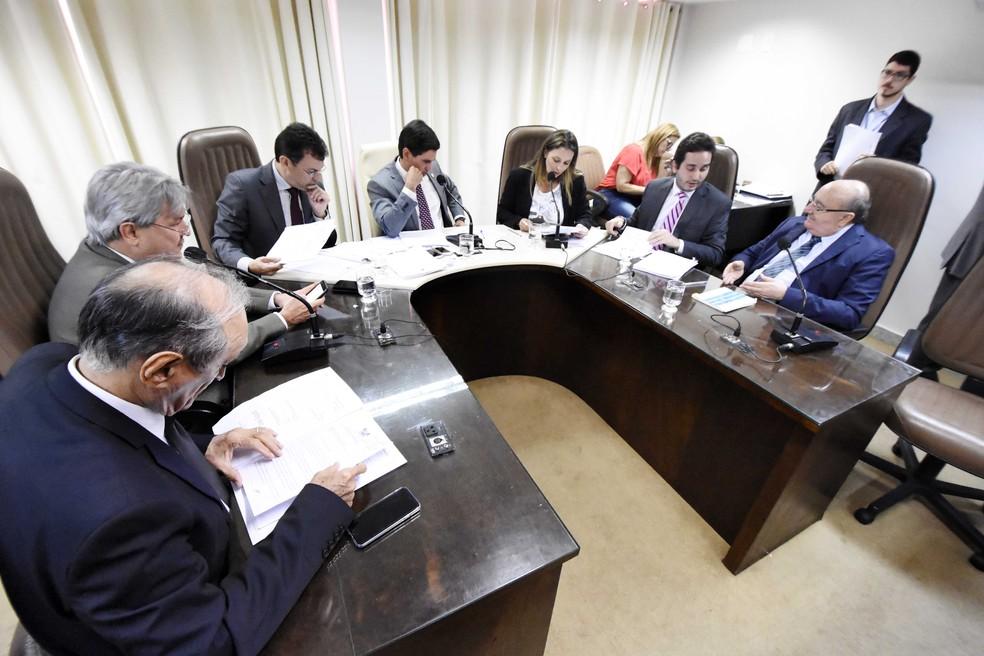 Reunião conjunta de comissões da Assembleia Legislativa do RN (Foto: Eduardo Maia/Assembleia Legislativa do RN)