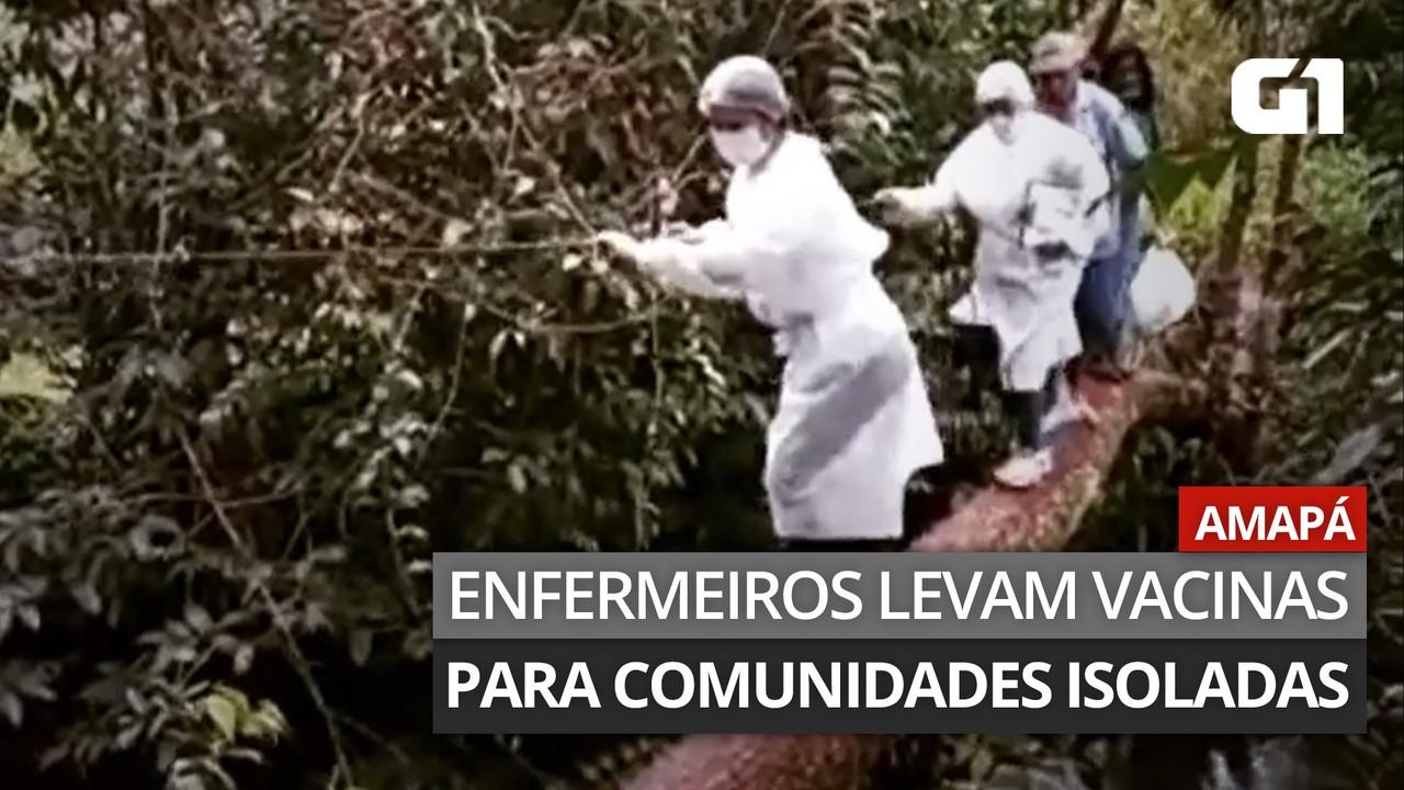 Profissionais de saúde se equilibram em tronco de árvore para levar vacina no Amapá