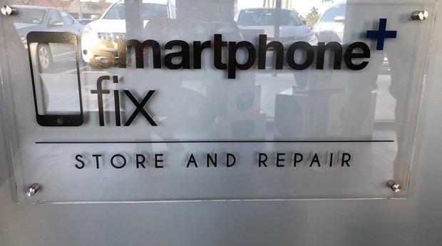 Fachada da Conserta Smart, em Miami (Foto: Divulgação)