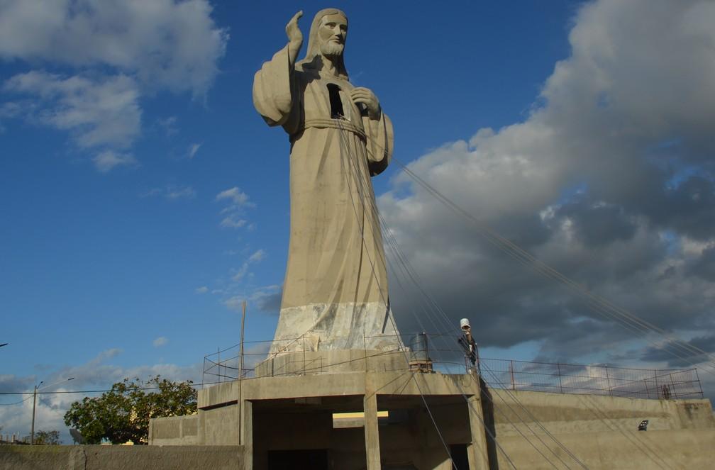 A construção da obra Jesus Misericordioso começou no ano de 2015, em Campina Grande (Foto: João Brandão Neto/G1)