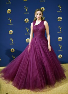 Joey King, de Zac Posen