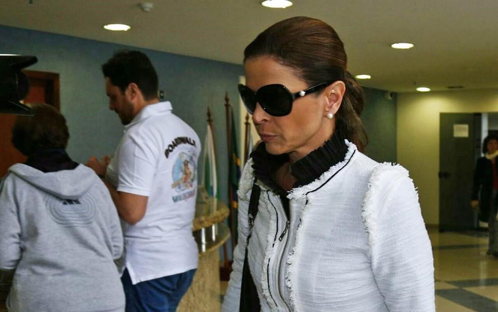 Esposa do deputado cassado e ex-presidente da Câmara Eduardo Cunha (PMDB-RJ), Cláudia Cruz,   — Foto: Reprodução/RPC