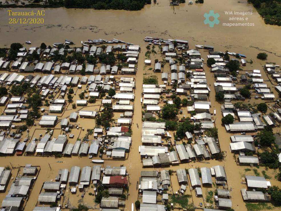 Rio Tarauacá  transbordou no final de 2020 — Foto: Willian Carlos de Lima Moreira/Arquivo pessoal