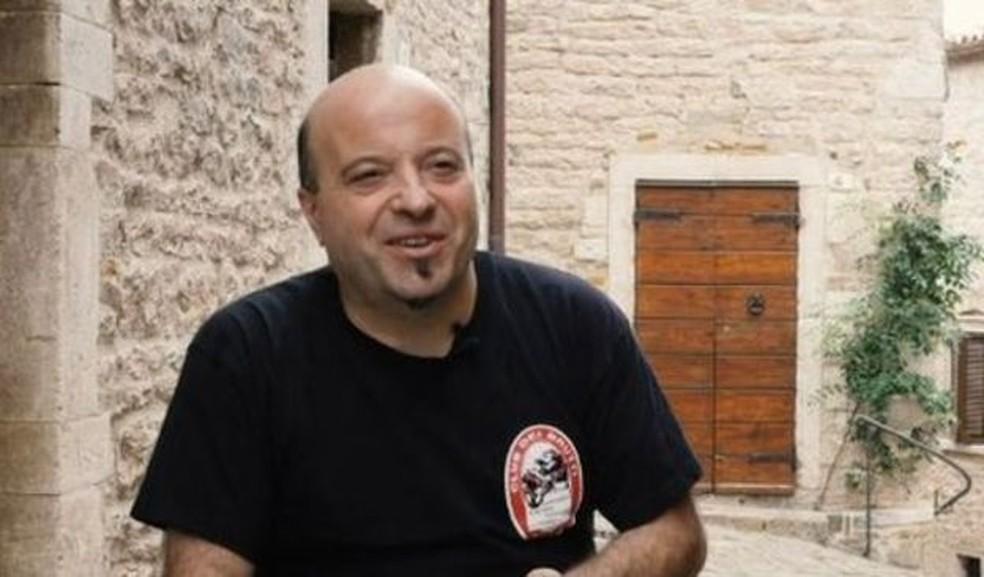Giovanni Aluigi, presidente do Clube dos Feios — Foto: BBC