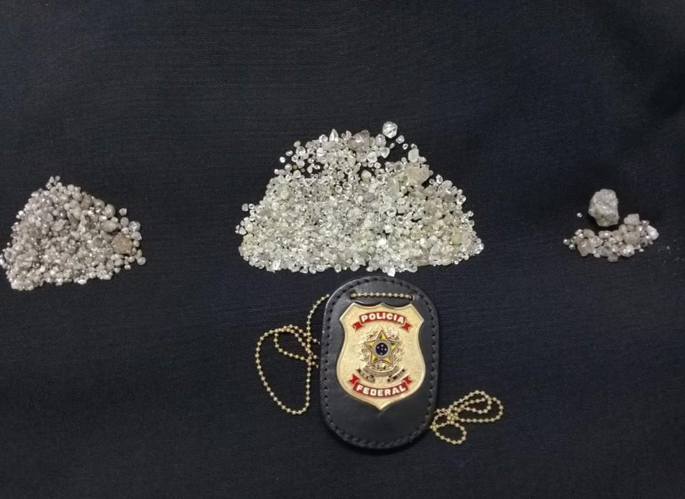 Diamante apreendido durante investigações da Polícia Federal em Terra Indígena de Rondônia  — Foto: PF/Divulgação