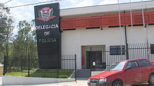 Suspeito de raptar e manter menina de 14 anos em cárcere alega à polícia ser 'ex-namorado'