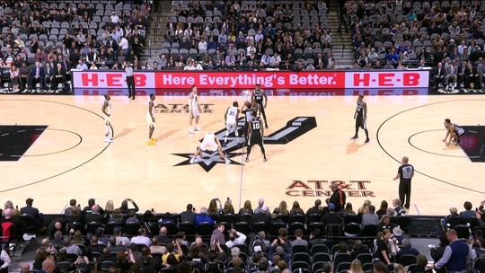 Com direito a duplo-duplo de LaMarcus Aldridge, San Antonio Spurs bate Golden State Warriors