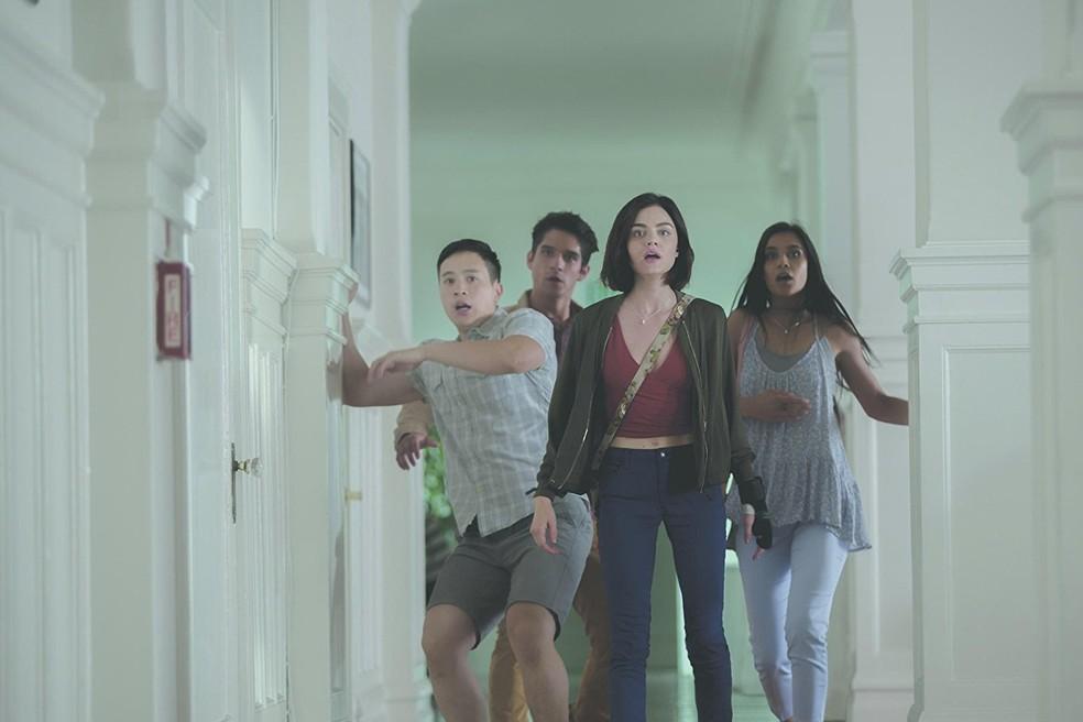 Tyler Posey, Lucy Hale, Sophia Ali e Hayden Szeto em 'Verdade ou desafio' (Foto: Divulgação)