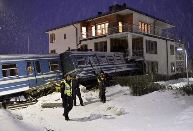 Nenhum morador do prédio em Estocolmo ficou ferido (Foto: Jonas Ekstromer/Reuters)