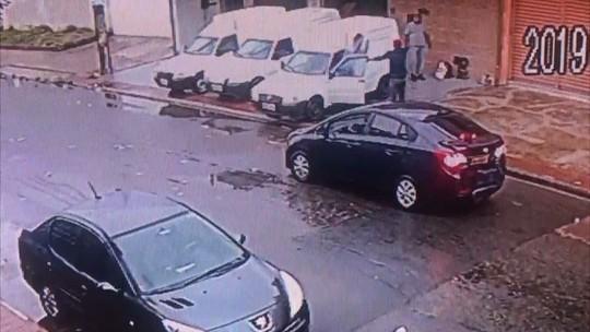 Empresa tem dois carros roubados em intervalo de dois dias na Serra, ES