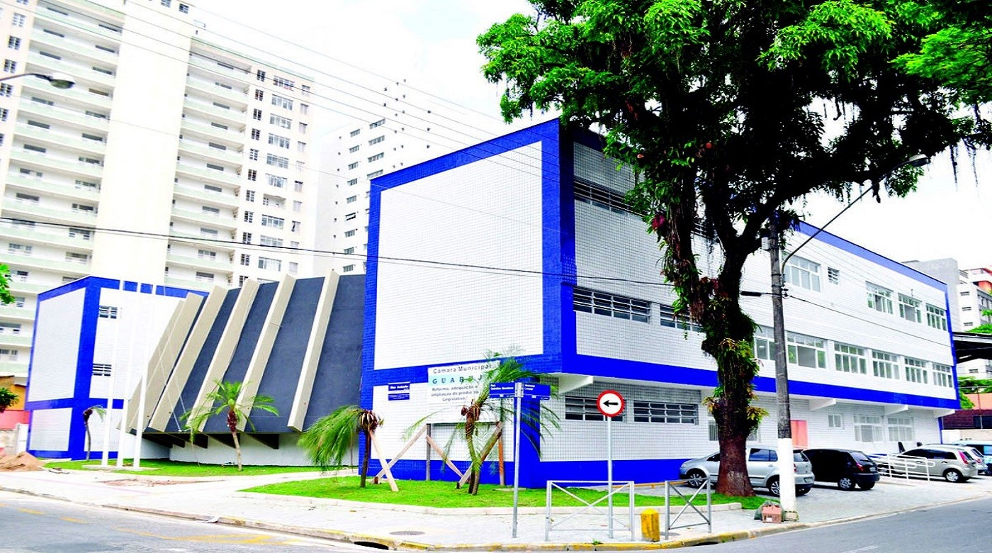 Câmara de Guarujá aprova projeto que prevê direito a meia-entrada em eventos para doadores de sangue - Notícias - Plantão Diário