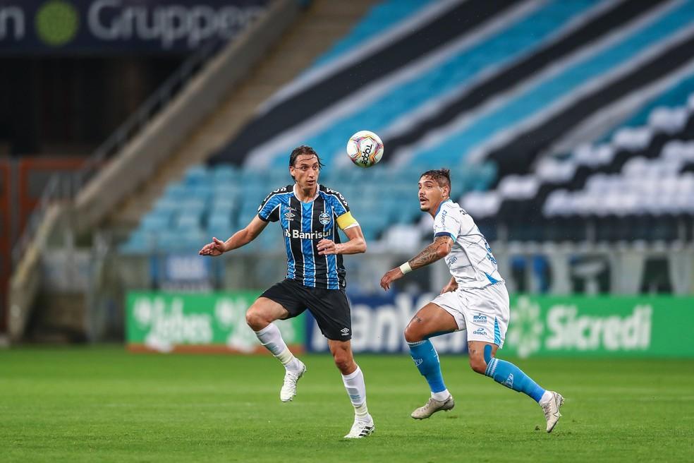 Pedro Geromel, do Grêmio, contra o Novo Hamburgo — Foto: Lucas Uebel/Divulgação Grêmio