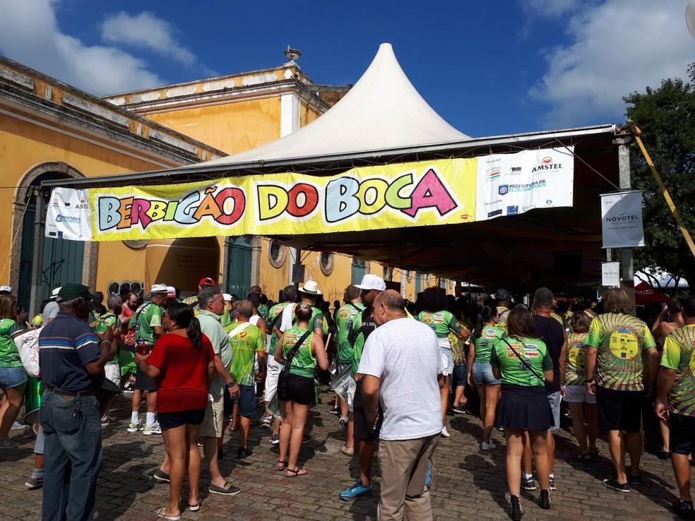Público participa do Berbigão do Boca — Foto: Eveline Poncio/NSC TV