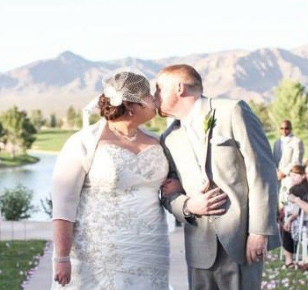 Cena do casamento de Shannon e Robert