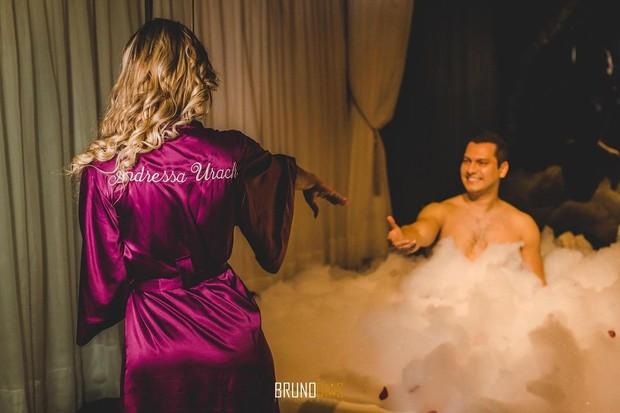 Andressa Urach e Thiago Lopes na noite de núpcias (Foto: Bruno Dias)