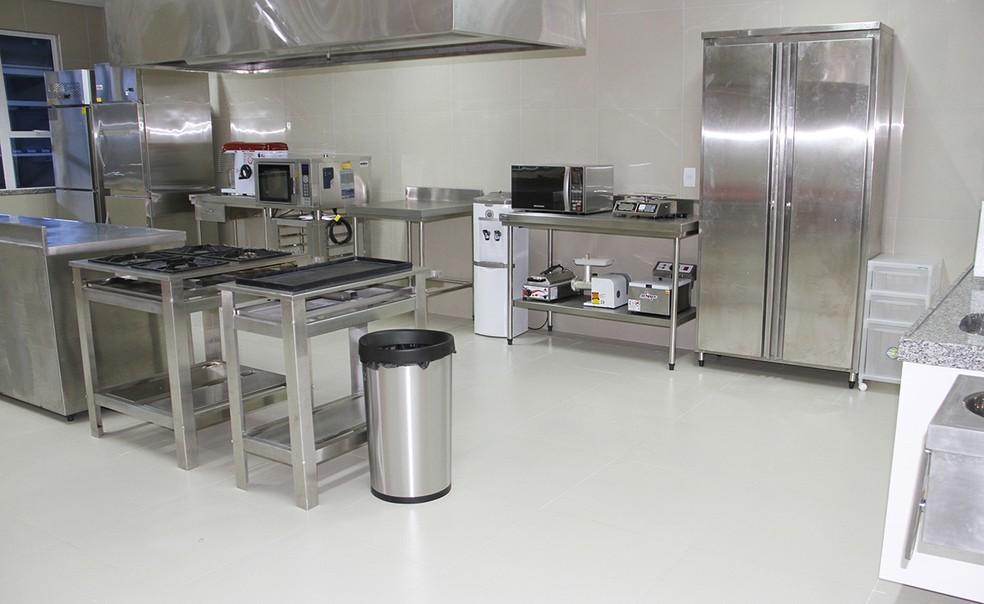 Cozinha pedagógica é usada em curso de culinária do Sesc/RN — Foto: Sesc/Divulgação