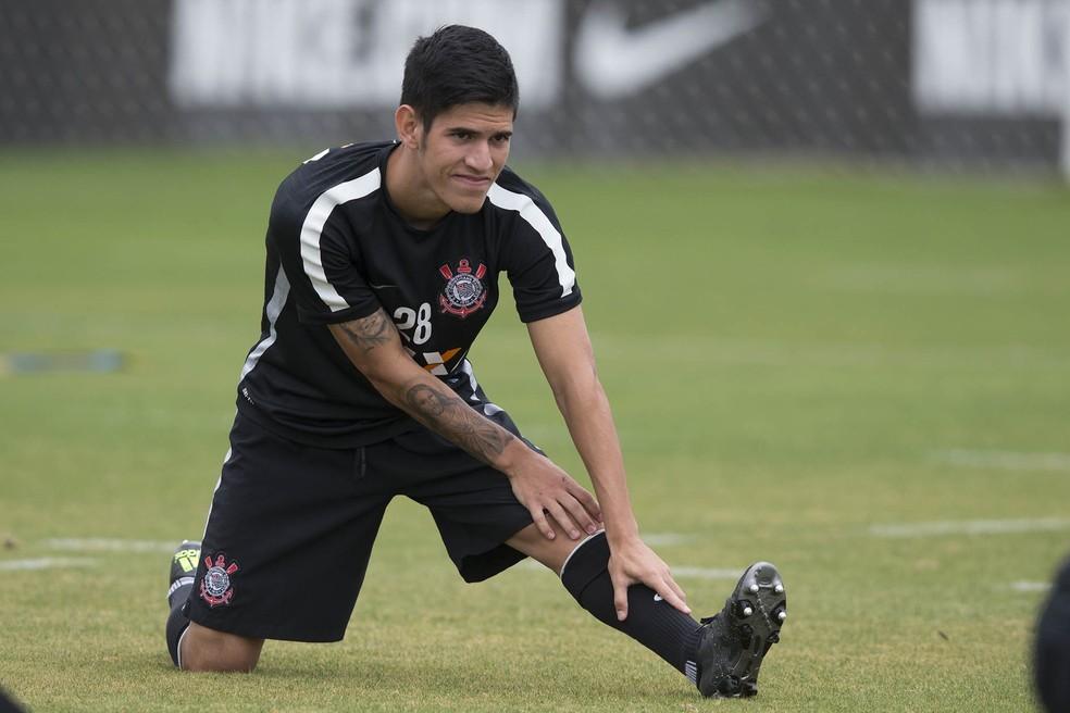 Gustavo Viera, meia paraguaio que está encostado no Corinthians (Foto: Daniel Augusto Jr/Ag.Corinthians)