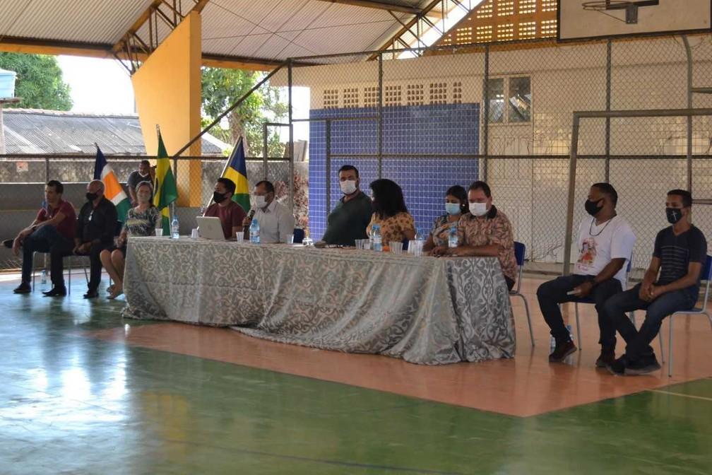Lideranças discutem reconhecimento do distrito de São Domingos do Guaporé em Costa Marques, RO — Foto: IBGE/Divulgação