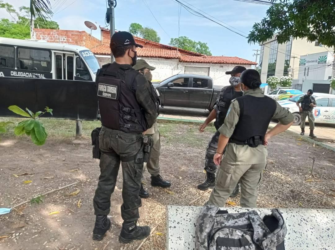 Policiais atuam no Enem 2020