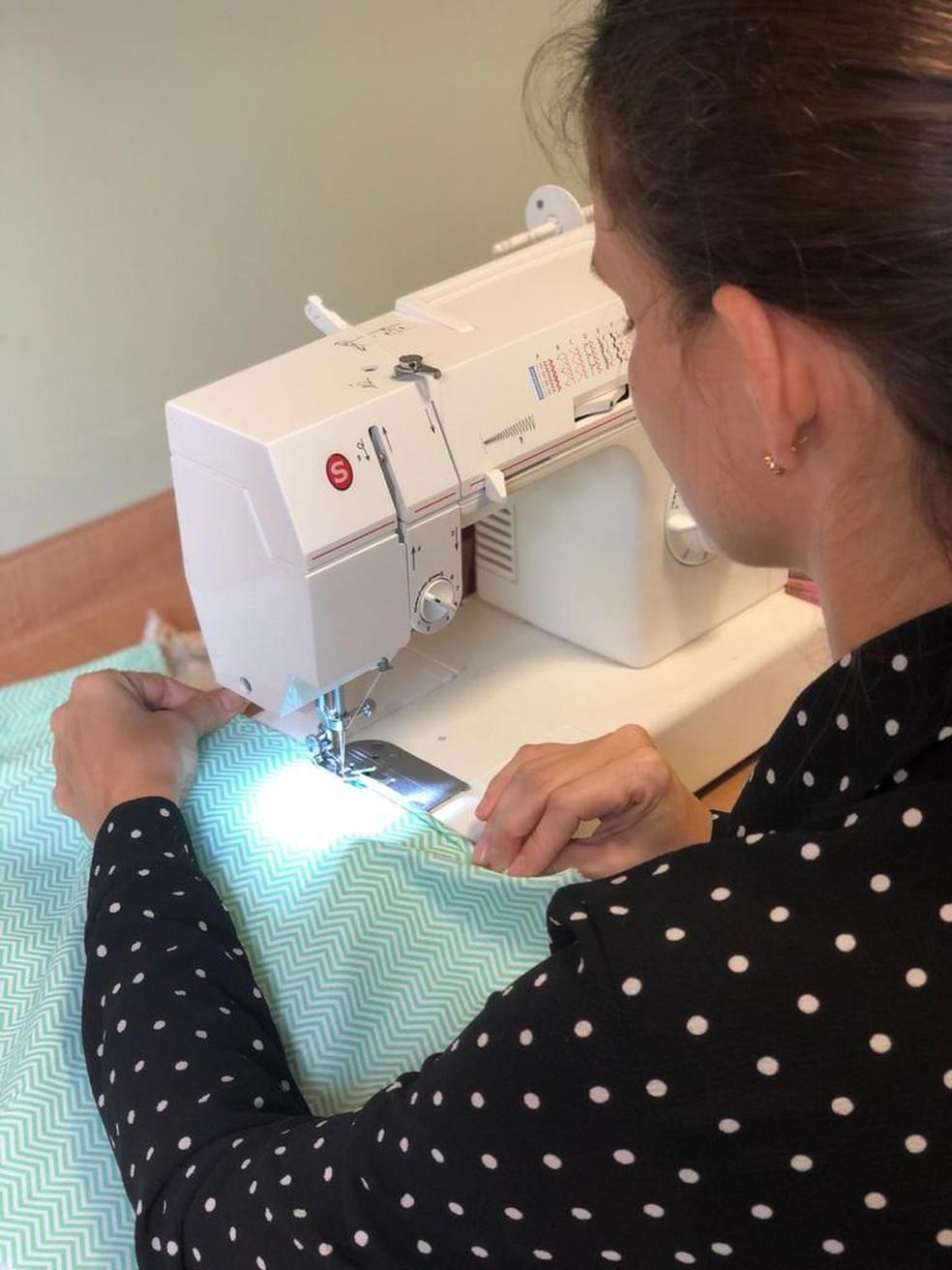 Grupo costurou 22 redes de algodão — Foto: Arquivo pessoal