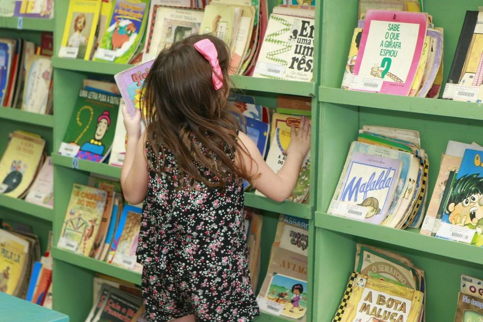 Biblioteca em escolas é um dos temas em discussão no Fundeb. — Foto: Marco Crepaldi/ Secom/PMU