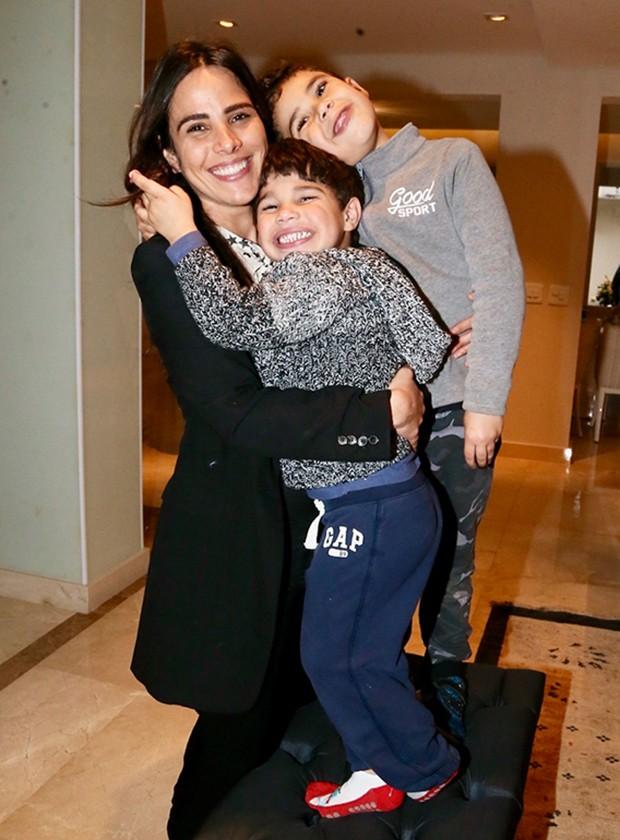 Wanessa Camargo e os filhos, João Francisco e José Marcus (Foto: Manuela Scarpa/Brazil News)