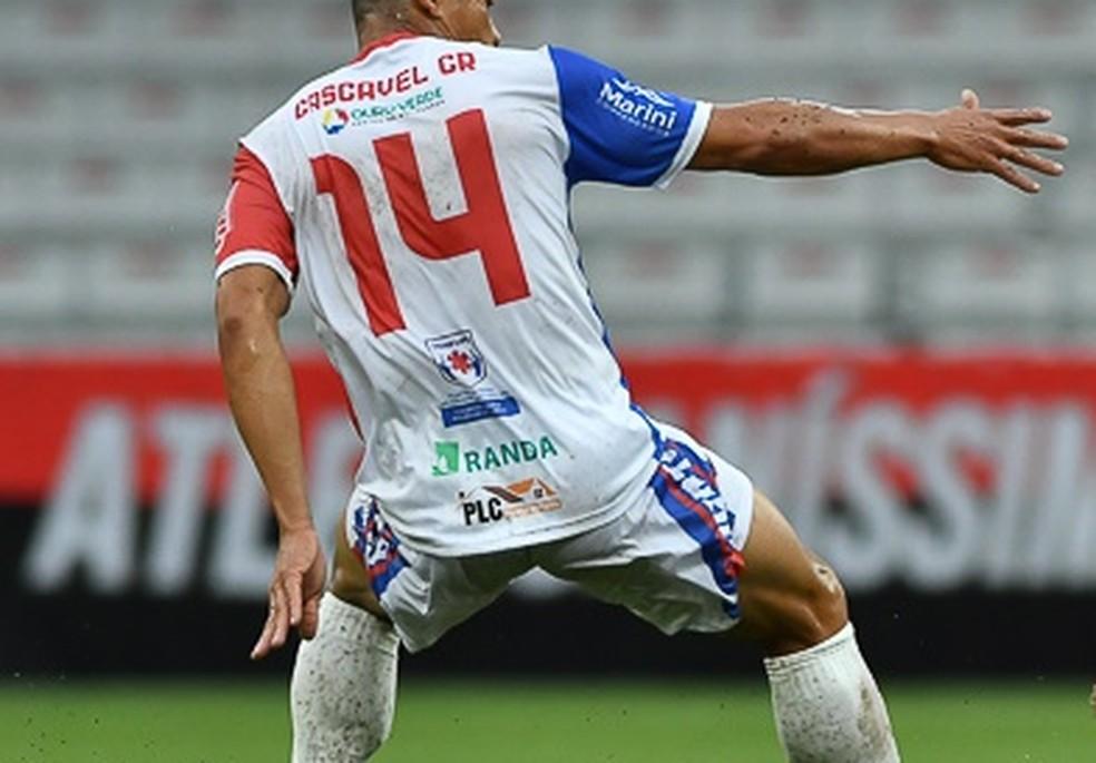 Cascavel CR teria falsificado testes de Covid-19 antes de jogo — Foto: José Tramontin/Athletico