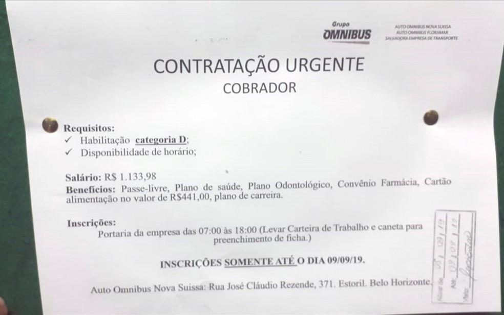 Anúncio de contratação de cobrador de ônibus em Belo Horizonte, mas exige carteira de habilitação tipo D, específica para motoristas de ônibus — Foto: Reprodução/TV Globo