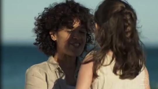 'A Dona do Pedaço': Zenaide é assassinada durante tentativa de fuga; reveja a cena