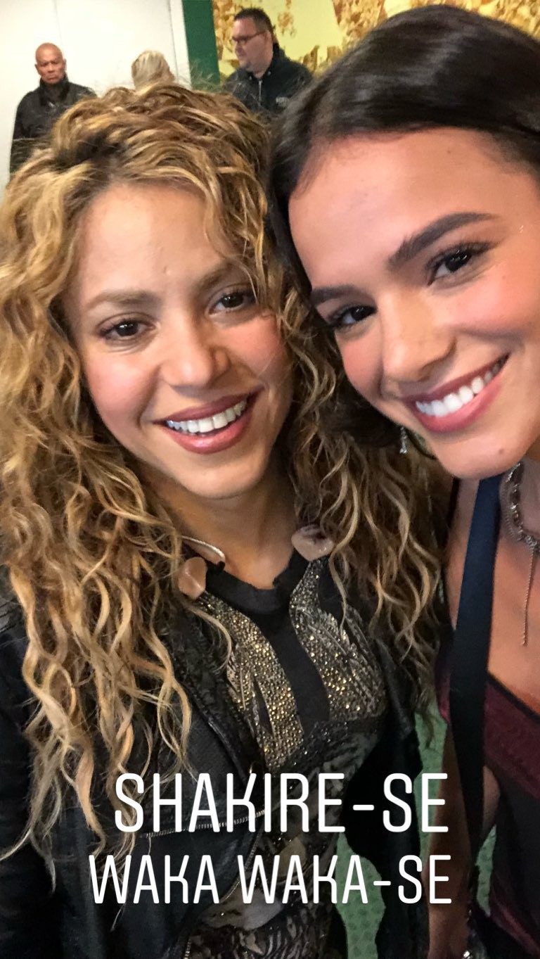 Shakira e Bruna Marquezine (Foto: Reprodução Instagram)