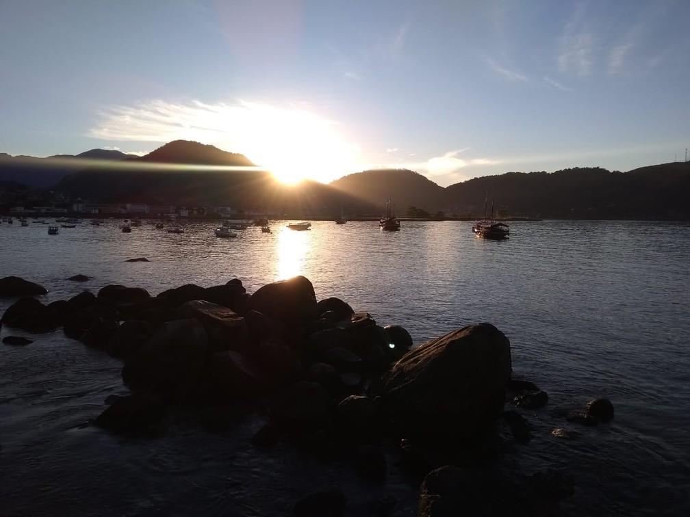Em Angra dos Reis o turismo pode conhecer Ilha Grande, fazer excursão de lancha, passeio de escuna e curtir ilhas paradisíaca — Foto: Arquivo Pessoa/Juan Tenório