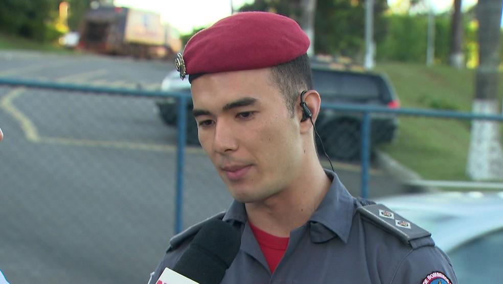 O tenente Pedro Aihara, porta-voz dos bombeiros — Foto: Reprodução