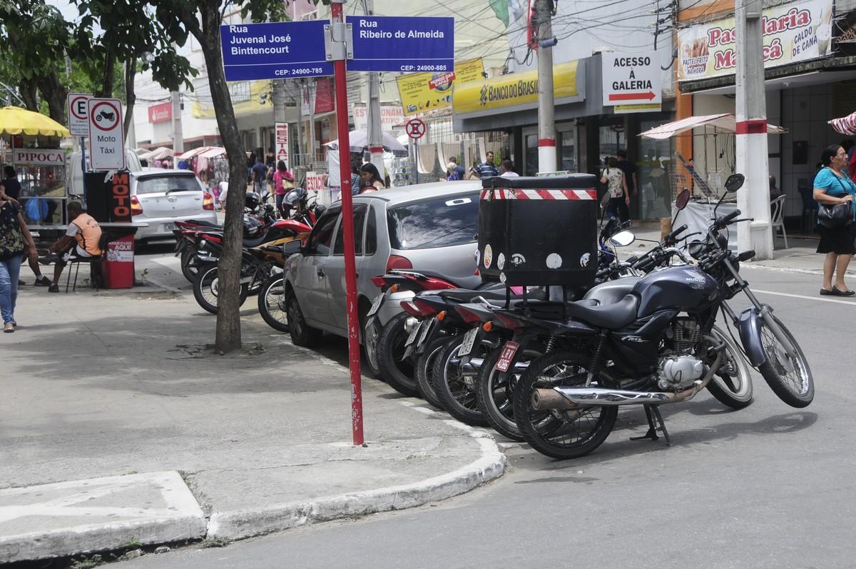 Audiência pública discutirá implantação de estacionamento rotativo em Maricá, no RJ