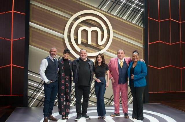 Leo Jaime e Margareth Menezes no 'MasterChef', da Band (Foto: Carlos Reinis/Band)