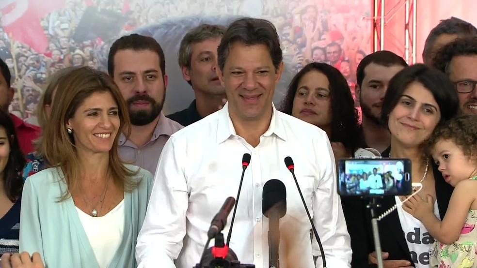 Fernando Haddad, durante discurso em São Paulo, após ser derrotado por Jair Bolsonaro — Foto: Reprodução / TV Globo