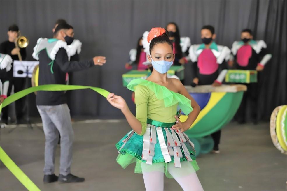 Reciclarte oferece curso de balé clássico, violão, técnica vocal, pintura e outros — Foto: Marcos Sandes/Prefeitura de Araguaína