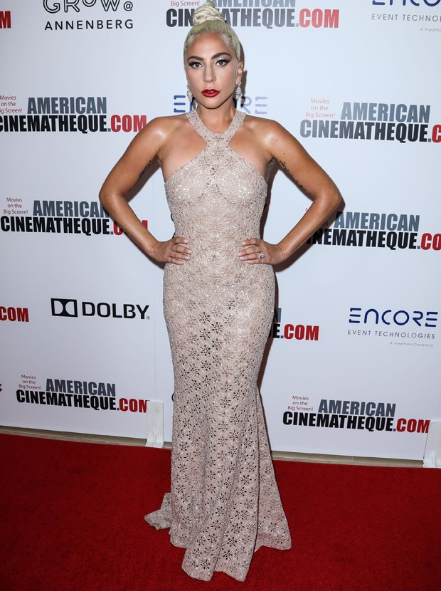 Lady Gaga no American Cinematheque Award (Foto: Backgrid)